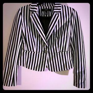 Blazer black and white stripes